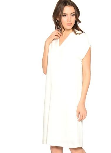 House Of Camellia V Yaka Kısa Elbise Beyaz